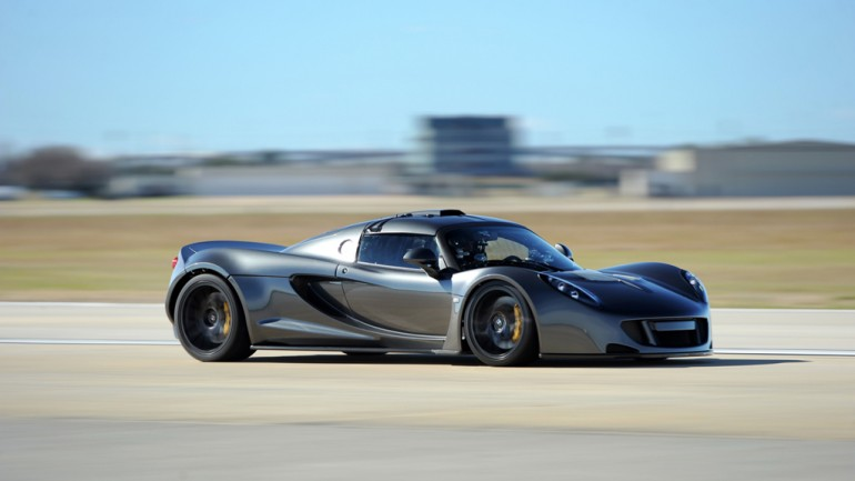Video of Hennessey Venom GT Capturing World Speed Records