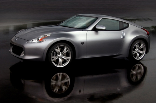 First 2010 Nissan 370Z Promotional Video