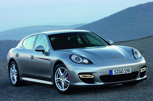 2010 Porsche Panamera In Action – Video