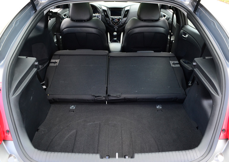 Hyundai Veloster Tires >> 2013 Hyundai Veloster Turbo 6-Speed Manual Review & Test ...