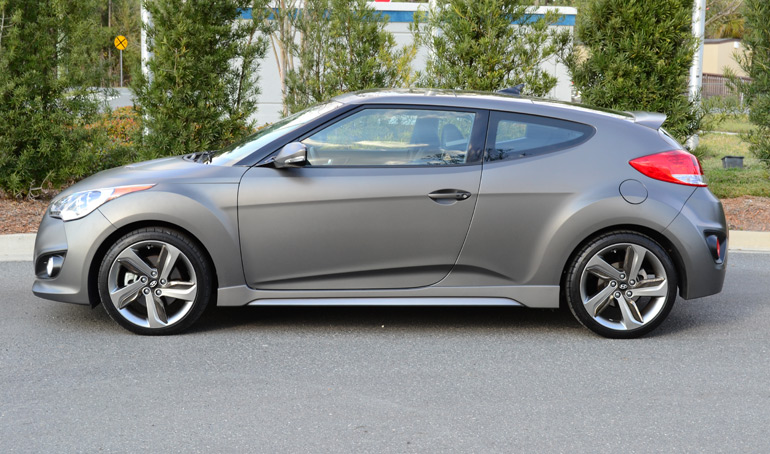 2013-hyundai-veloster-turbo-side