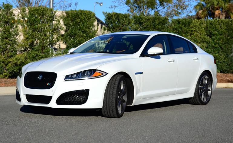 2013-jaguar-xfr-angle