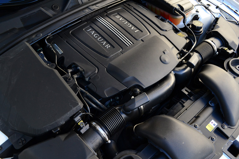 2013-jaguar-xfr-engine