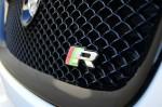 2013-jaguar-xfr-grill-emblem
