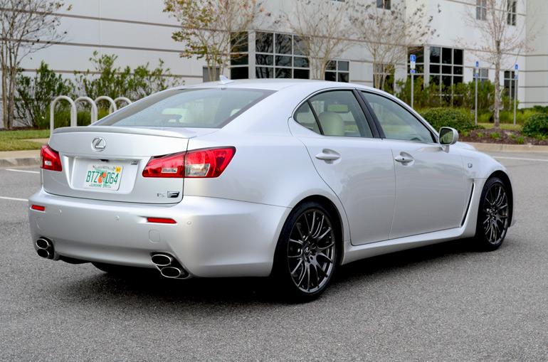 2013-lexus-isf-rear-side