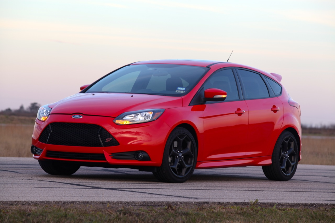 a 300 hp ford focus st is john hennesseys daily driver video