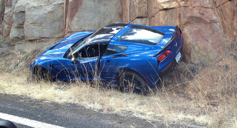corvette-stingray-crash