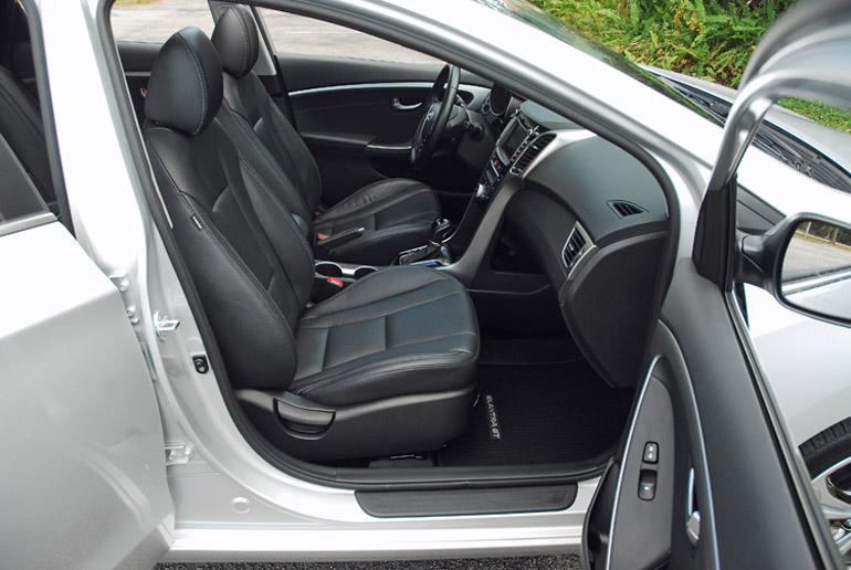 2013 Hyundai Elantra GT Front Seats Done Small