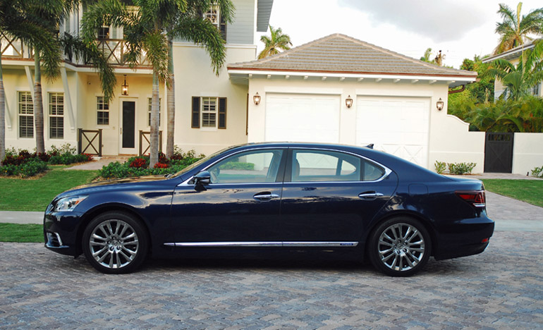 2013 Lexus LS600h LWB Beauty Side Done Small