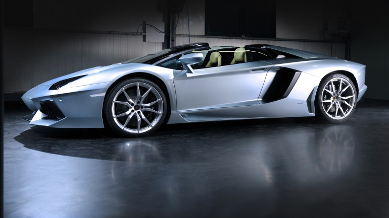 Charity Auction Offers Fast-Track Delivery Of Lamborghini Aventador Roadster