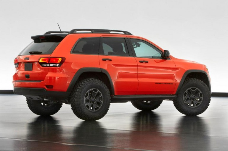 Jeep Grand Cherokee Trailhawk II rear