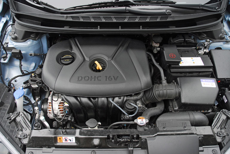 2013 Hyundai Elantra Se Coupe Review  U0026 Test Drive
