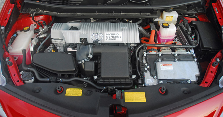 2013 Toyota Prius V Engine Done Small