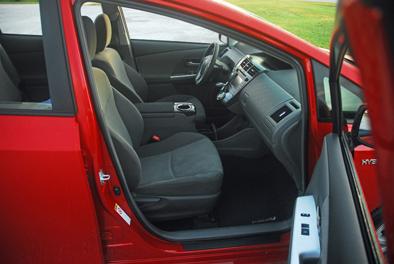 2013 Toyota Prius V Front Seats Done Small