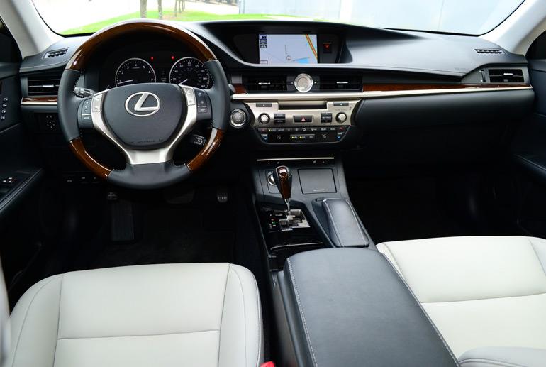 2013-lexus-es350-dashboard