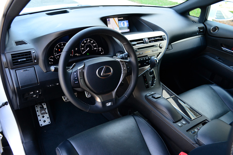 2013-lexus-rx350-f-sport-dashboard