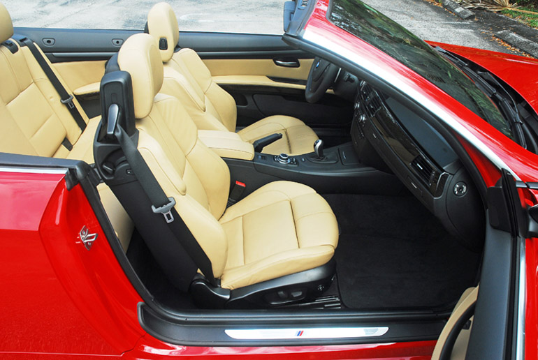 2013 BMW M3 Convertible Front Seats Done Small