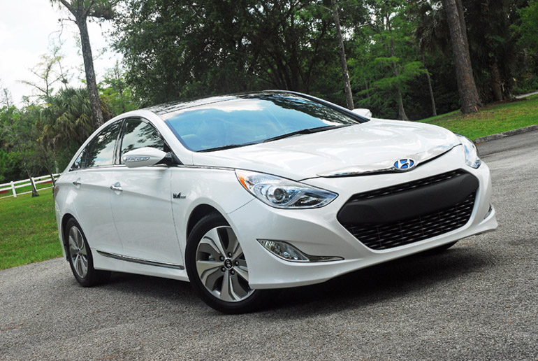 2013 hyundai sonata hybrid limited review test drive. Black Bedroom Furniture Sets. Home Design Ideas