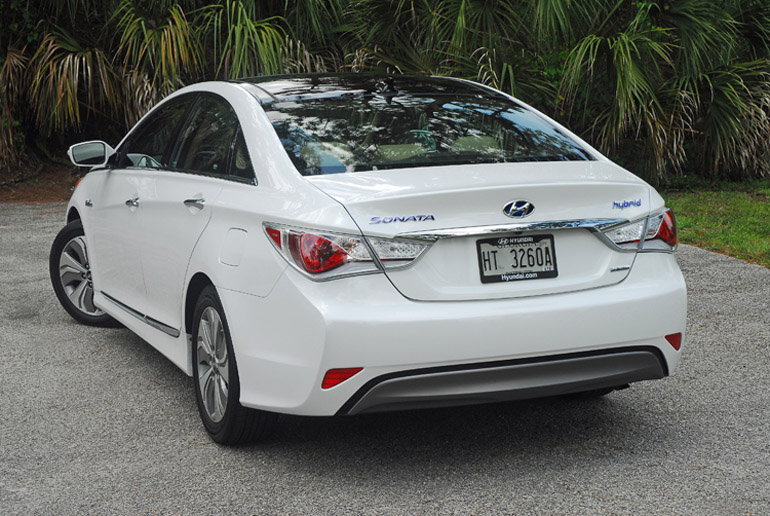 2013 Hyundai Sonata Hybrid Limited Beauty Rear Done Small