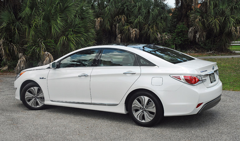 2013 Hyundai Sonata Hybrid Limited Beauty Side Done Small