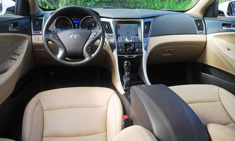 2013 Hyundai Sonata Hybrid Limited Dashboard Done Small