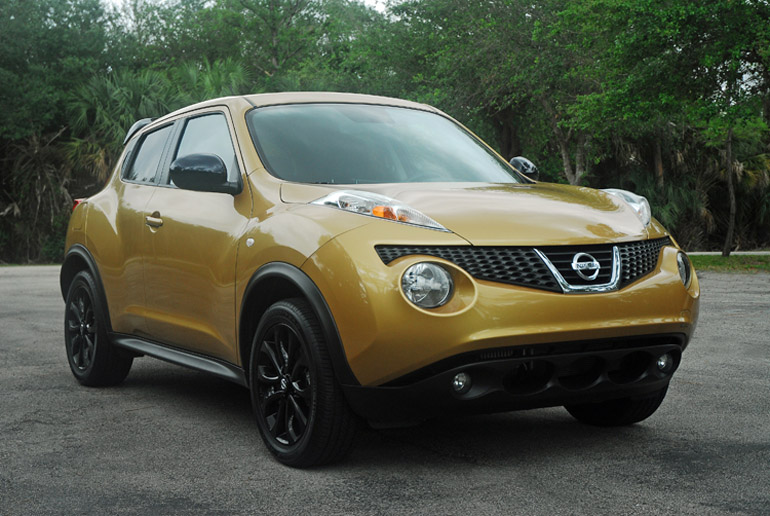2013 Nissan Juke Midnight Special Beauty Left Wide Done Small