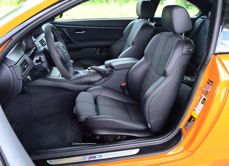 2013-bmw-m3-lime-rock-park-edition-front-seats