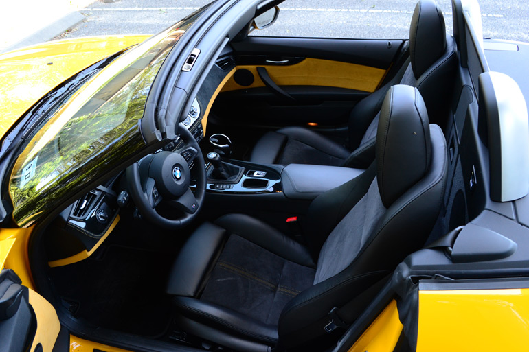 2013-bmw-z4-sdrive28i-gauge-interior
