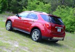 2013-chevrolet-equinox-ltz-side-rear