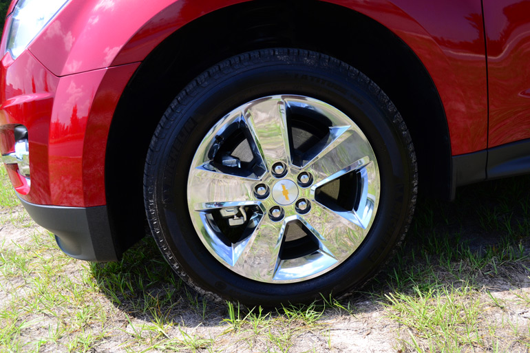 2013-chevrolet-equinox-ltz-wheel-tire