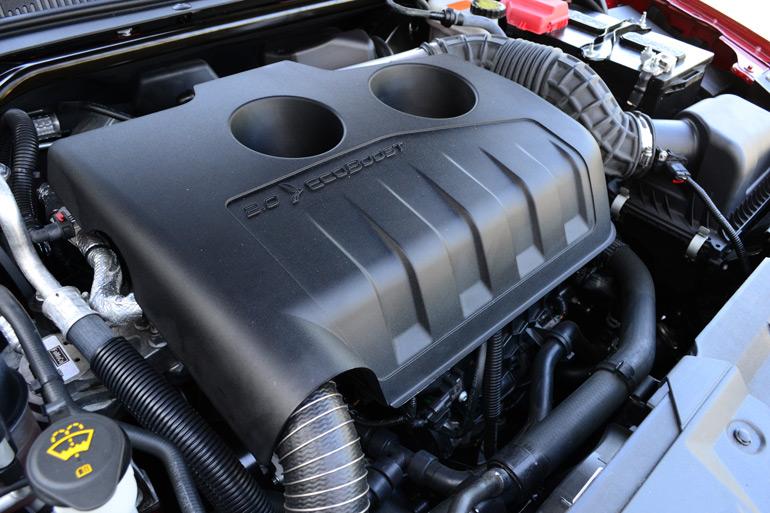 2013-ford-taurus-2-liter-limited-ecoboost-engine