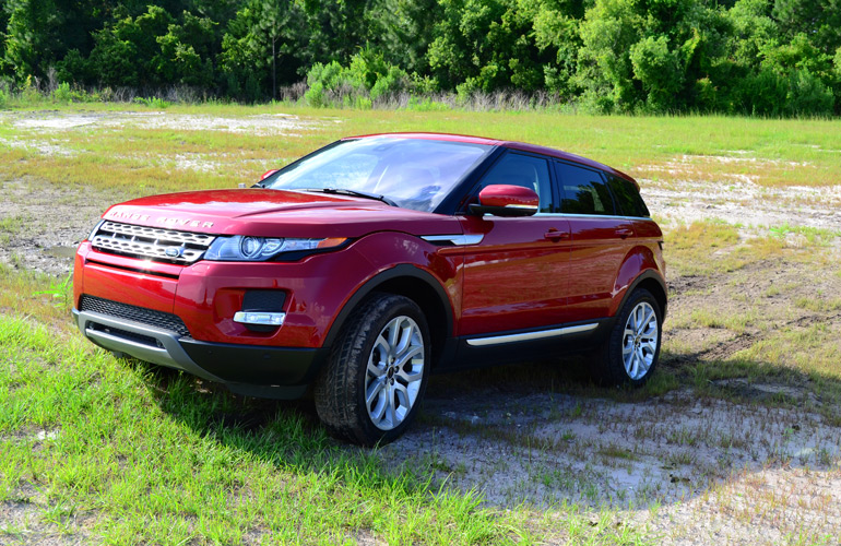 2013-land-rover-range-rover-evoque-mud-1