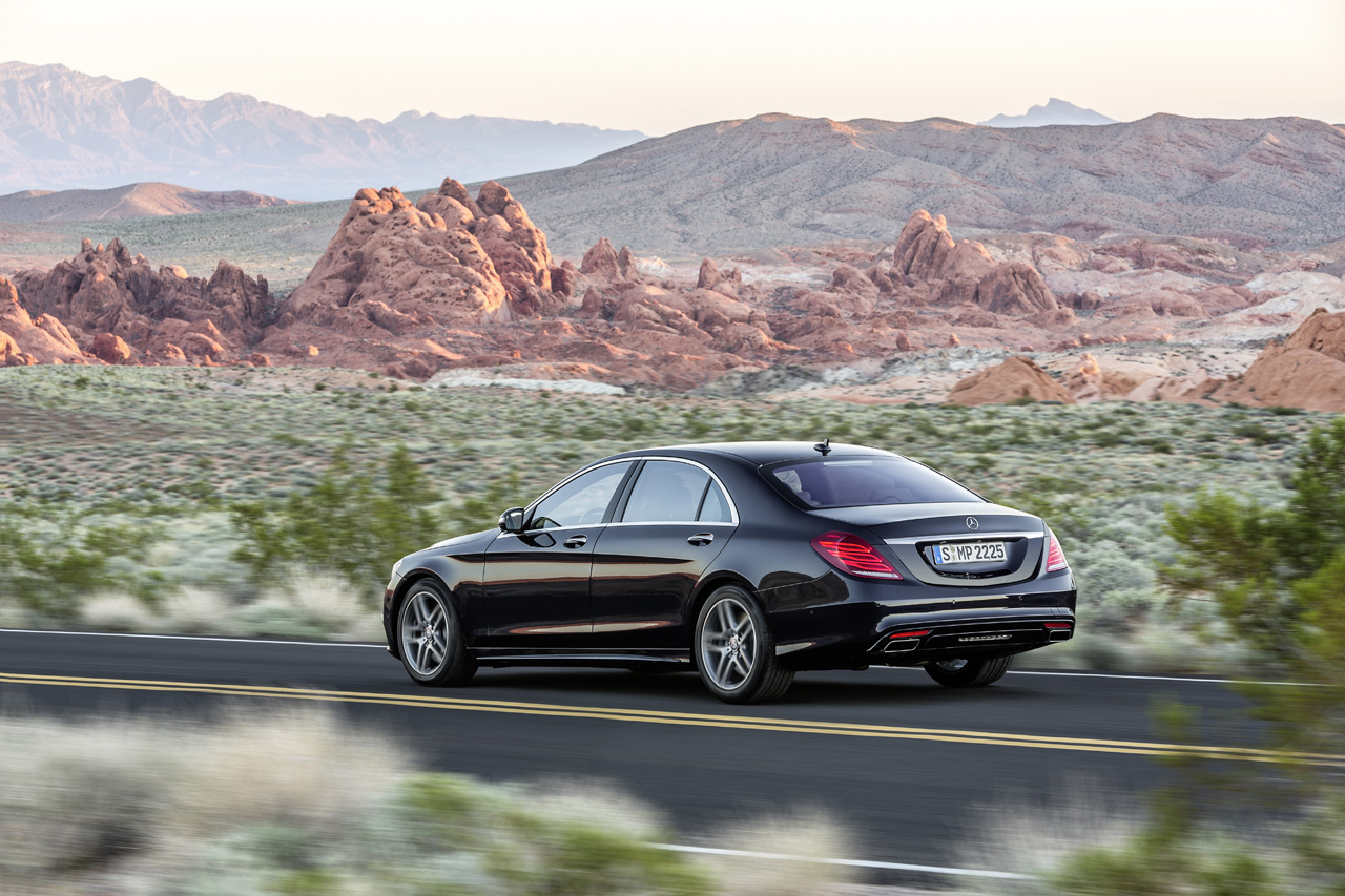 2014 mercedes benz s class revealed. Black Bedroom Furniture Sets. Home Design Ideas