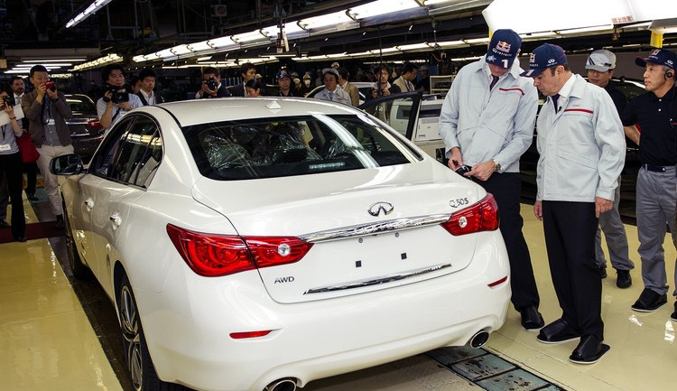 Very First Infiniti Q50 Rolls off Tochigi Plant Production Line