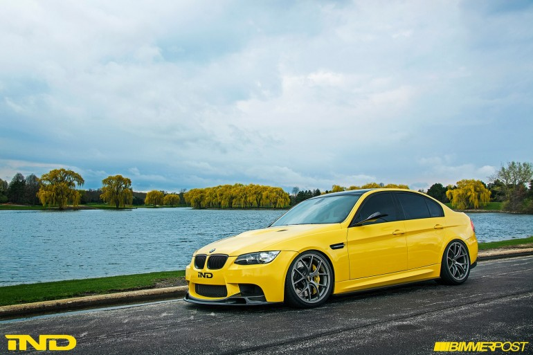 ind-distribution-dakar-yellow-e90-bmw-m3-1