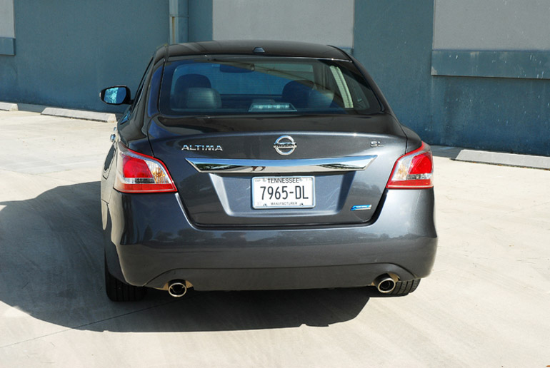 2013 Nissan Altima 25 SL Beauty Rear Done Small