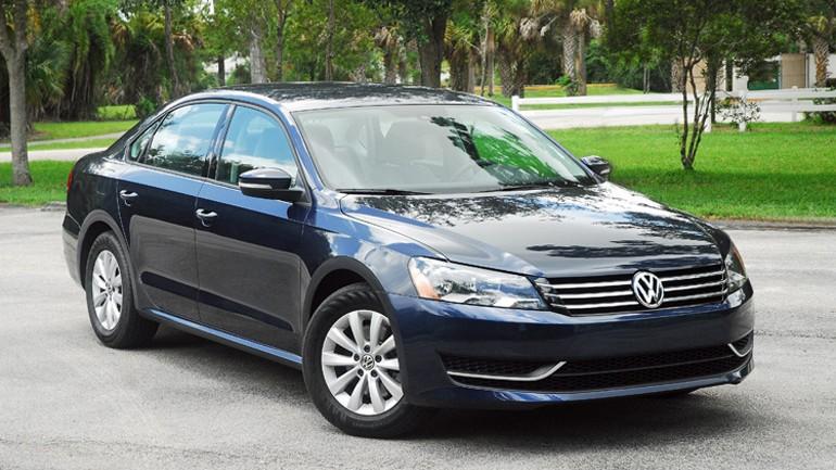 2013 Volkswagen Passat S Review & Test Drive