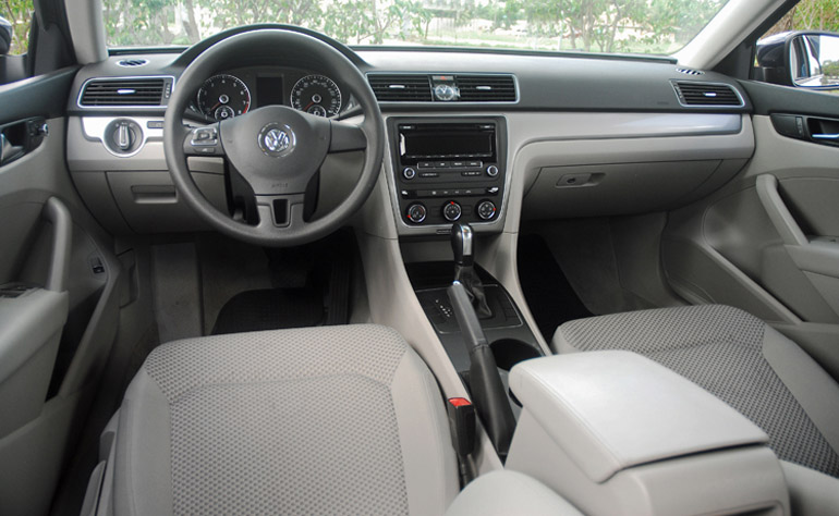 2013 Volkswagen Passat S Dashboard Done Small