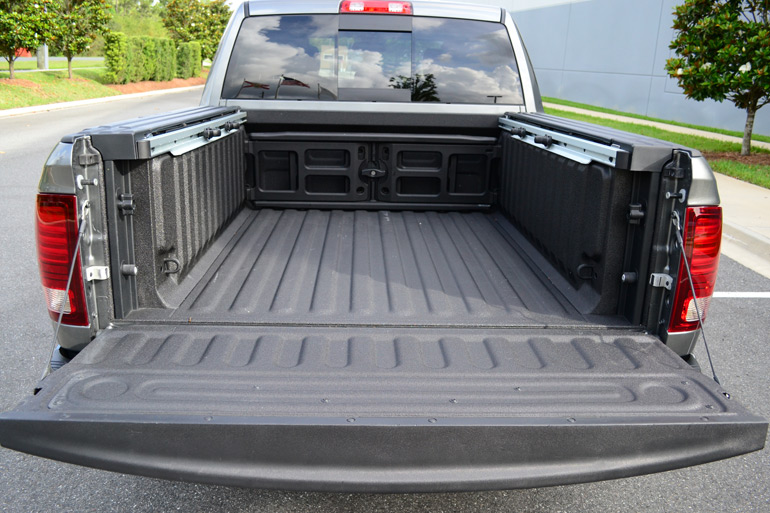 2013 ram 1500 sport 4 4 crew cab first drive. Black Bedroom Furniture Sets. Home Design Ideas