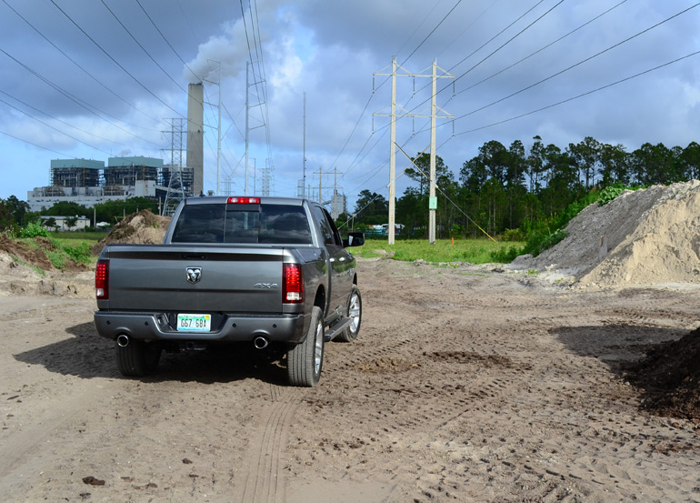 2013-ram-1500-sport-crew-cab-rear-background