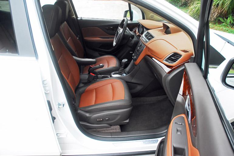 2013 Buick Encore FWD Premium Front Seats Done Small