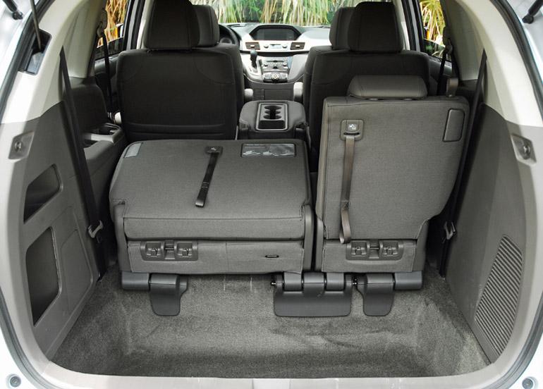 2013 Honda Odyssey MiniVan Cargo Hold Done Small
