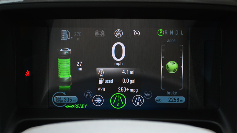 2013-chevrolet-volt-lcd-guage