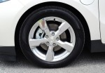 2013-chevrolet-volt-wheel-tire