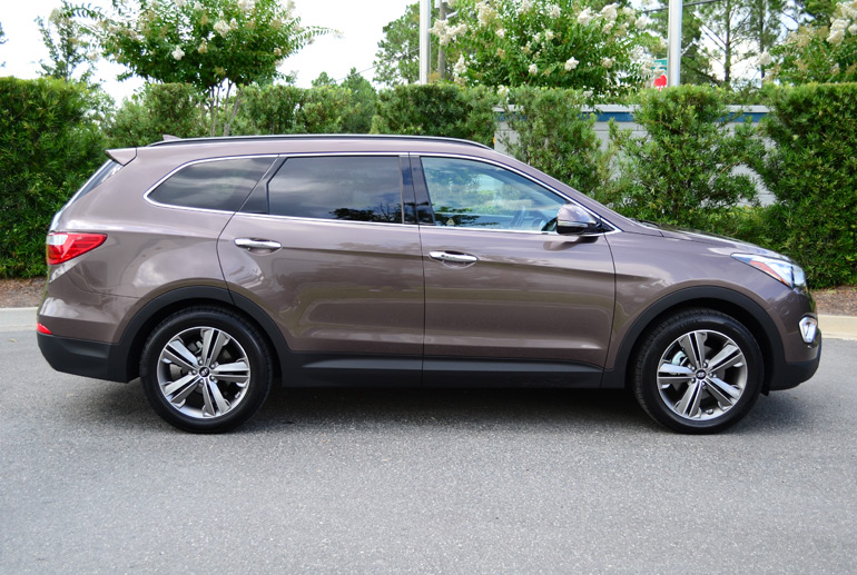 2013-hyundai-santa-fe-limited-side