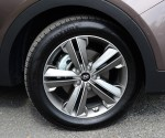 2013-hyundai-santa-fe-limited-wheel-tire