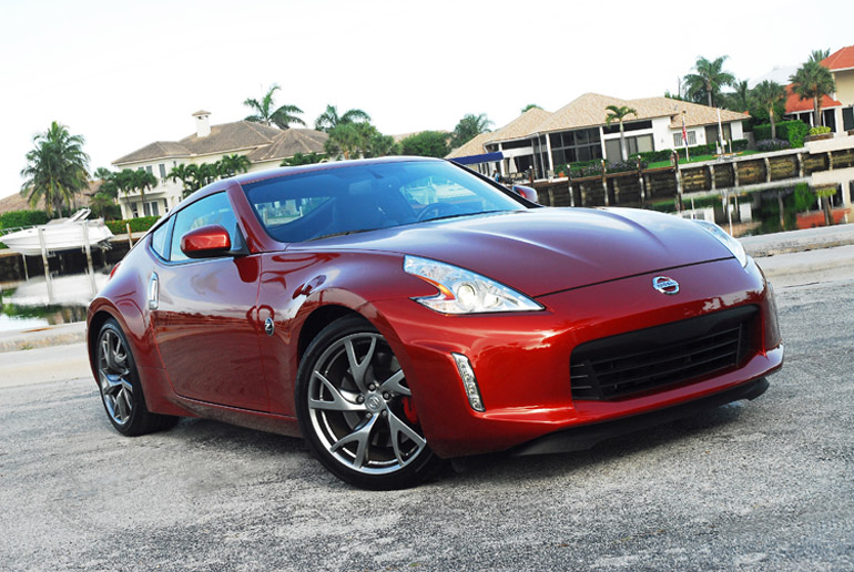 2013 Nissan 370Z Sport Touring Coupe Beauty Left Up DoneSmall