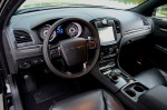 2013-chrysler-300c-john-varvatos-edition-dashboard