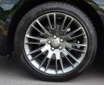 2013-chrysler-300c-john-varvatos-edition-wheel-tire