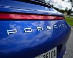 2013-porsche-911-c4s-rear-emblem